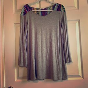 Tops - Women's gray tunic size m
